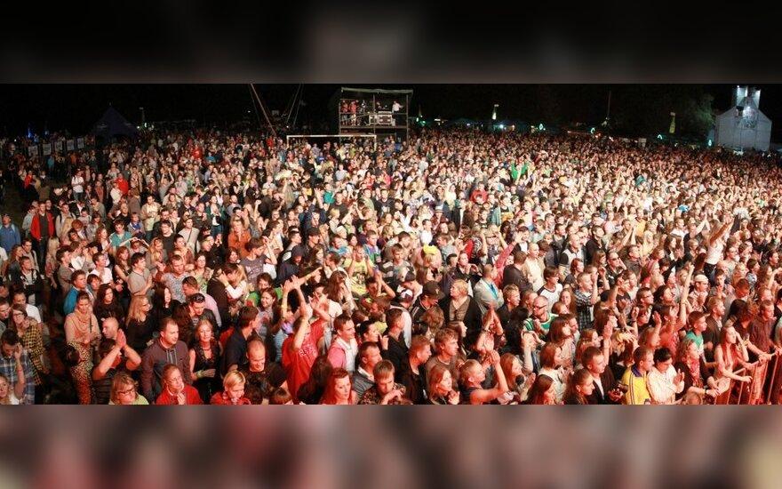 Įsismarkavęs festivalis Karklėje tūkstantinę minią pradžiugino aibe pramogų