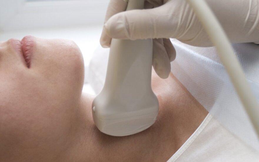 Paprasčiausia medicininė procedūra gali sutrikdyti skydliaukės veiklą