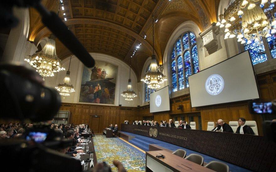 """JT teismas nurodė Mianmarui imtis """"visų priemonių"""" užkirsti kelią rohinjų genocidui"""