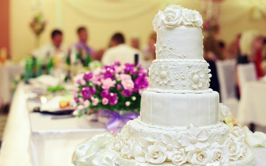 Rekomenduoja: devynios 2016 metų vestuvių spalvos