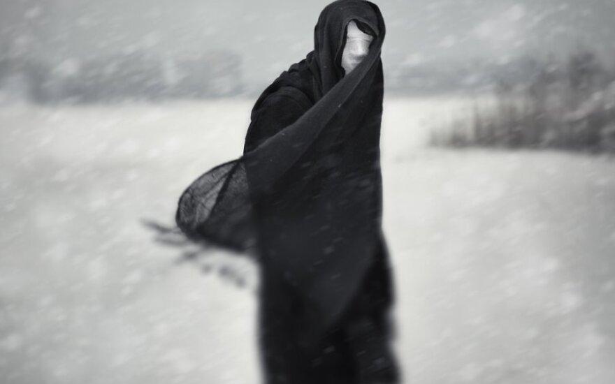 Mūsų tamsioji pusė – vaisingas iššūkis ar beprasmė kančia?