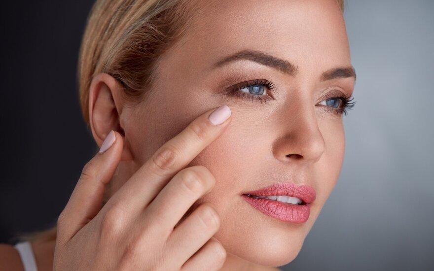 Moterų nuomone, jų veido oda bent 4 metais senesnė nei yra iš tikrųjų