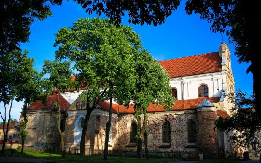 Po 9 metų bylinėjimosi pranciškonų vienuolynas grąžintas valstybei