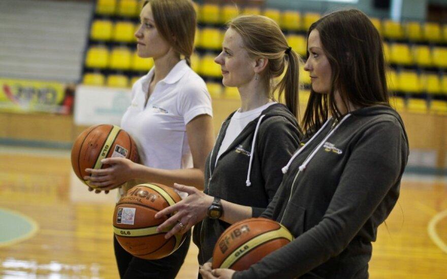 """""""Sostena Renault Sport"""" komandos merginos"""