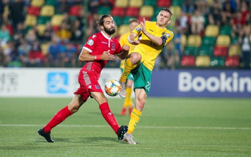 Nusivylę Lietuvos rinktinės futbolininkai: buvome verti pergalės