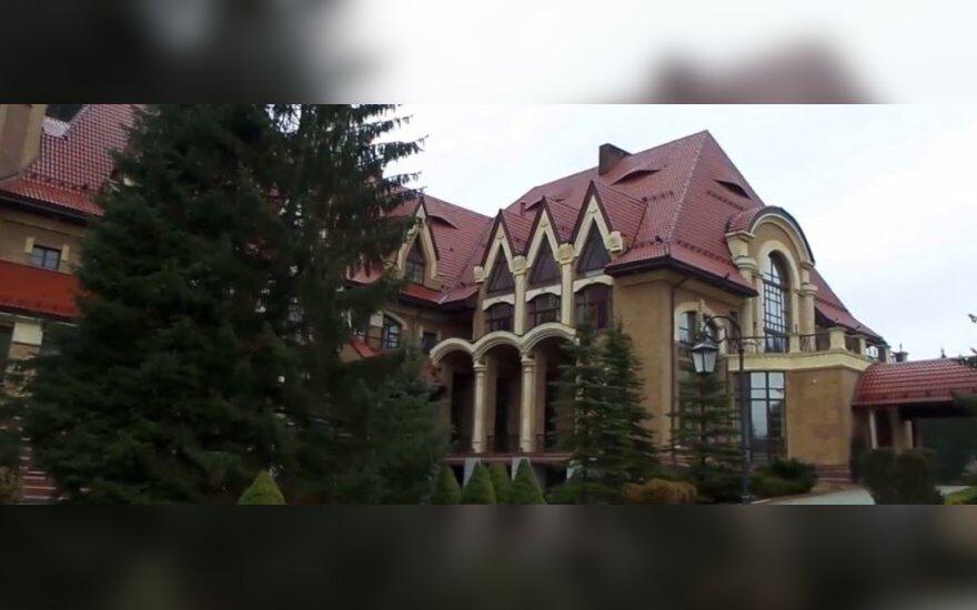 Aiškėja V. Janukovyčiaus prabangos kaina: 100 mln. Lt vien už šviestuvus?