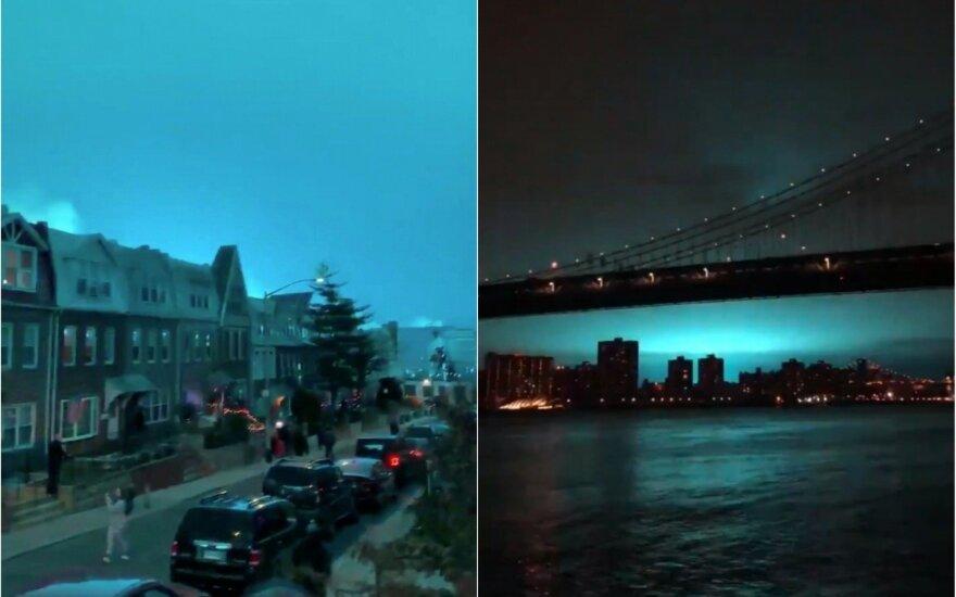 Keistai nušvitęs Niujorko dangus sukėlė komentarų bangą internete
