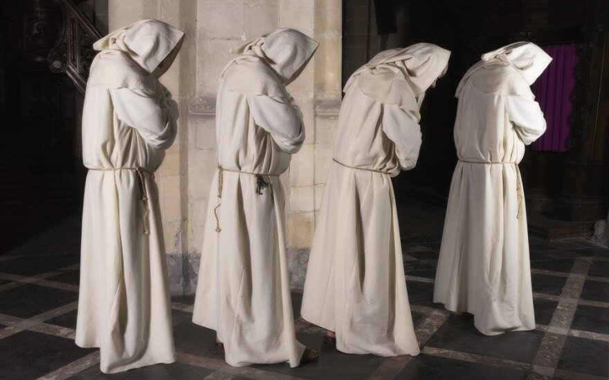 Ir vienuoliai sirgo karalių ligomis