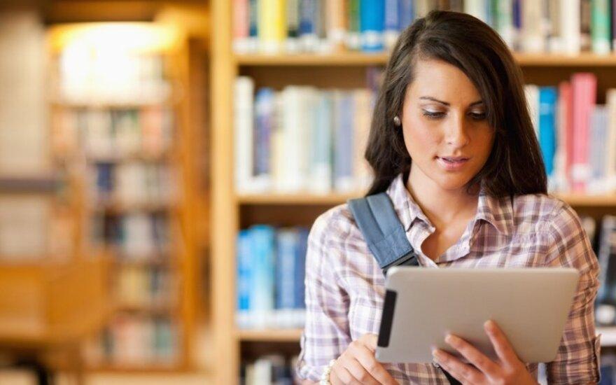 Skaitmeninė knyga – įprastinės knygos evoliucija?