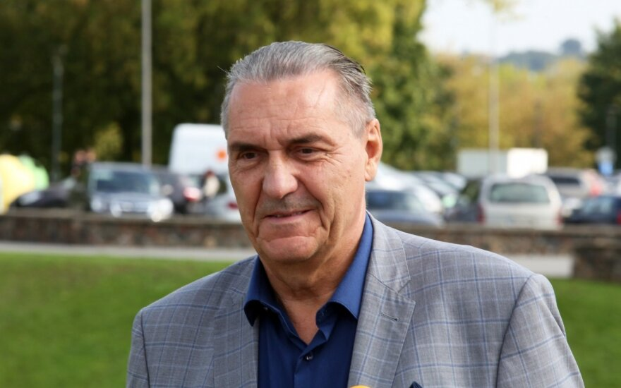 Vygaudas Ušackas paskelbia, kad kandidatuos į prezidentus
