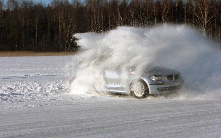 Važiavimas ant ledo