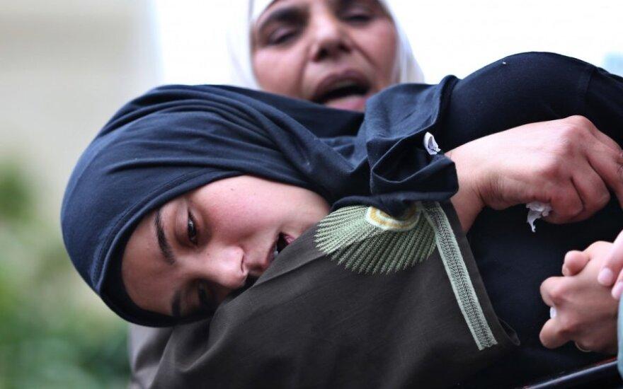 Į džihadistų seksualinę vergiją patekusios merginos neištveria