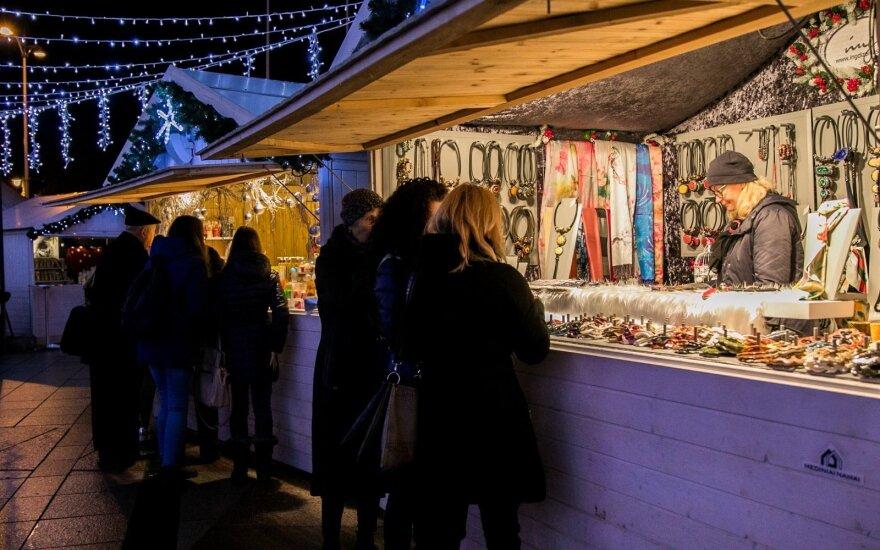 """Nustebsite sužinoję, kiek lietuviai uždirba """"pardavę"""" savo šventes"""