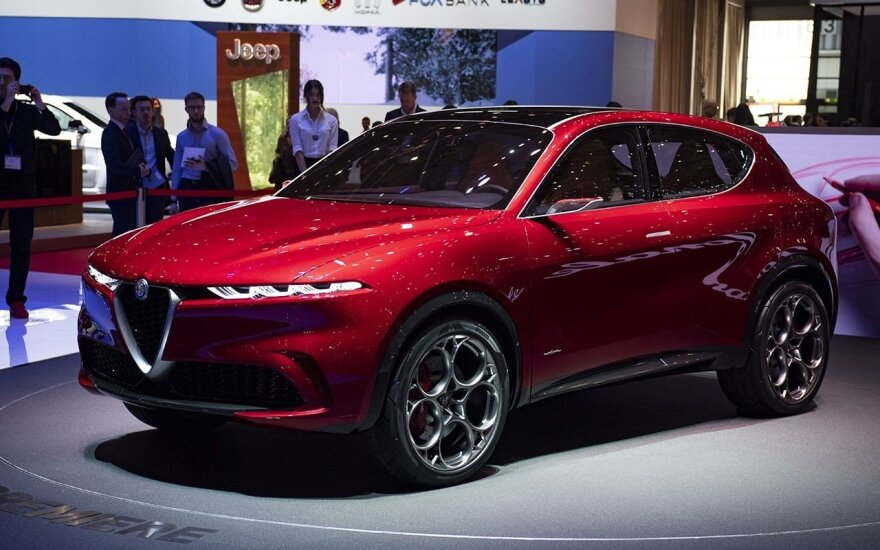 """Alfa Romeo Tonale"""