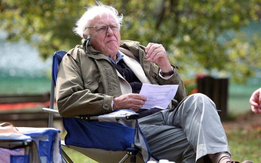 Davidas Attenborough