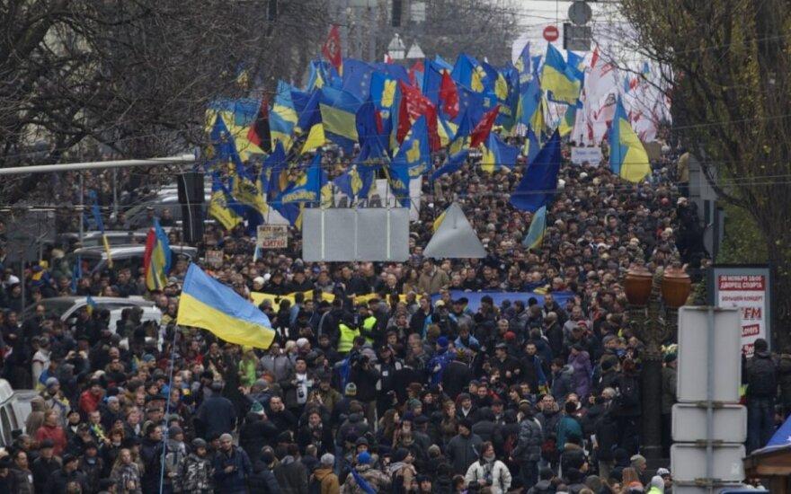 Į Ukrainą – palaikyti laisvės siekio: pakeliui į Kijevą – išskirtinis teisėsaugos dėmesys