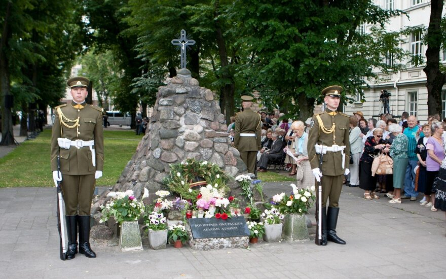 Lithuania remembers Soviet deportations on Day of Mourning and Hope