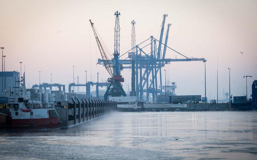 Pirmą kartą mažas dujovežis gabena SGD į Klaipėdos terminalą