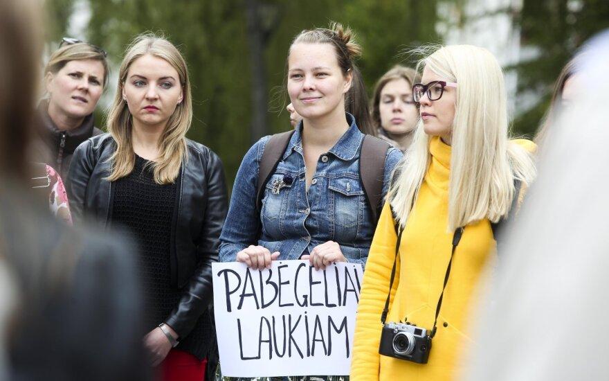Pabėgėlius kviečia į Lietuvą