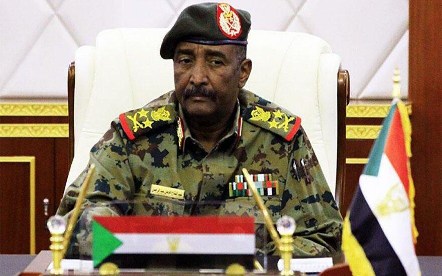Sudano kariškiai atstatydino generalinį prokurorą