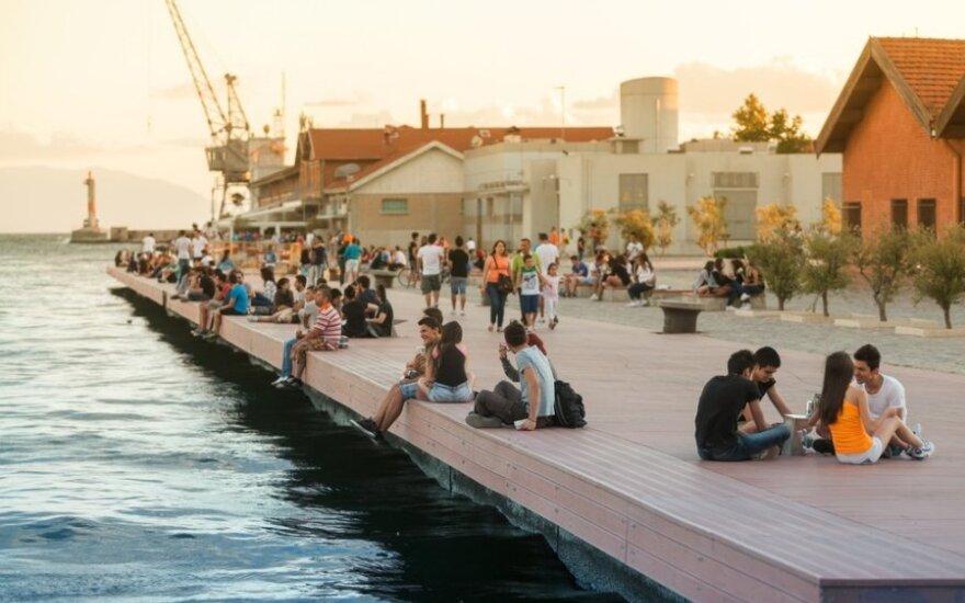 Ar turizmas gali išgelbėti leisgyvę Graikiją?