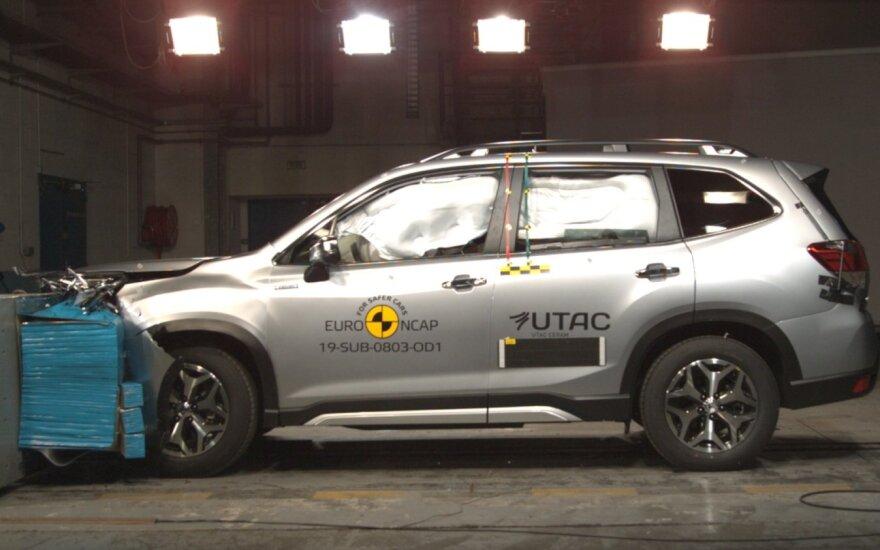 Subaru Forester e-Boxer Euro NCAP testas