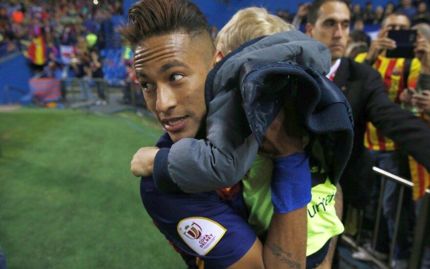 PSG klubas artėja prie Neymaro įsigijimo