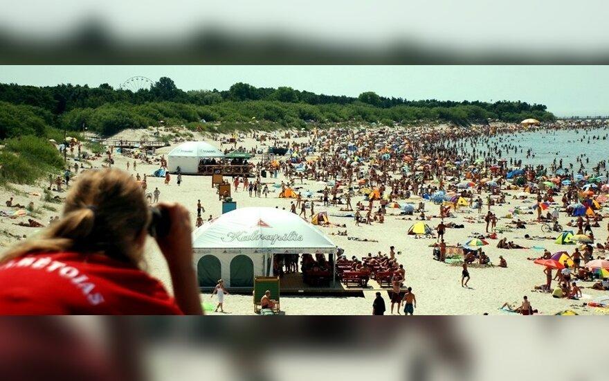 Pajūris, paplūdimys, poilsiautojai V.Šauklio nuotr.