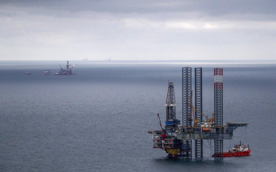 Rusijos nešvarios naftos krizė ligi galo neišspręsta: uostus toliau pasiekia užteršta žaliava