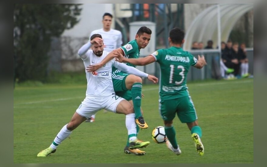 """T. Šimkovičius rungtynėse su """"Akhmat"""" debiutavo """"Žalgirio"""" gretose"""