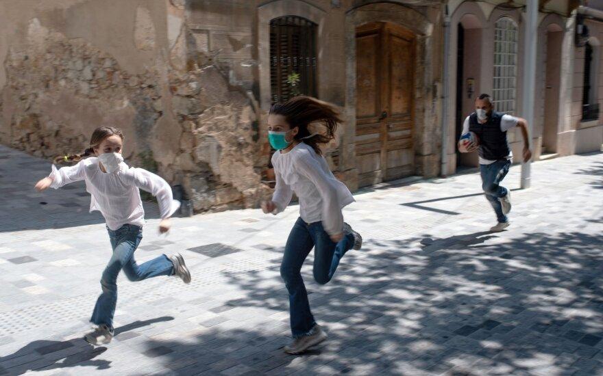 Ispanijos premjeras ragina švelninant karantino priemones veikti atsargiai
