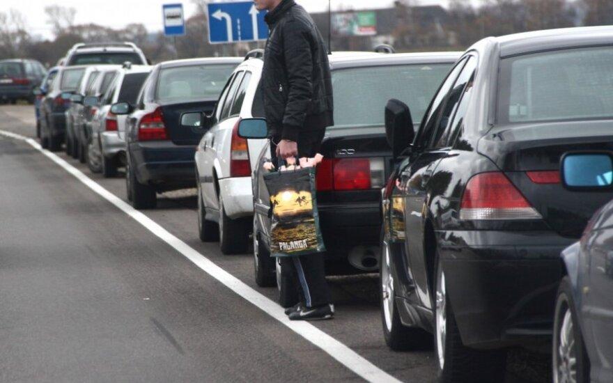 Mokslininkai perspėja: pelėdoms rytais prie vairo sėsti nevertėtų