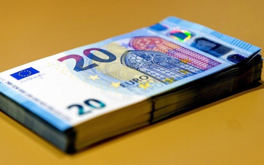 Auga namų ūkių turtas pensijų fonduose