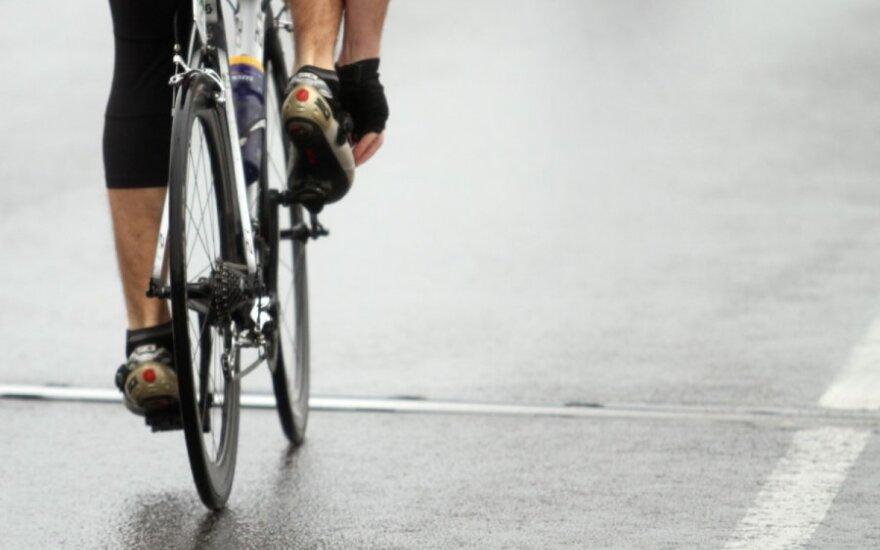Sugriežtinti reikalavimai dviratininkams sumažins avaringumą ar dviratininkų skaičių?