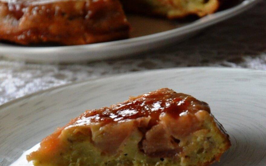 Avokadinis obuolių pyragas
