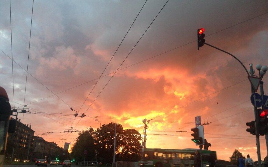 Vienoje judriausių Vilniaus sankryžų laikinai išjungti šviesoforai