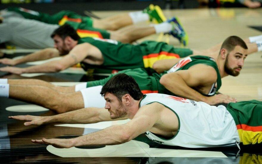 Nuomonė. Krepšinio žvaigždės Lietuvoje per daug sureikšminamos