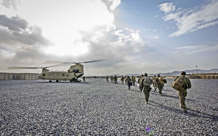 Up to 100 Lithuanian troops will stay in Afghanistan in 2015
