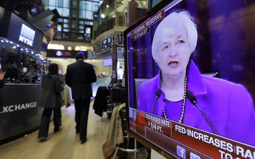 2018-ieji jau primena 1987-uosius: pasaulio centriniai bankai pereina prie griežtesnės politikos
