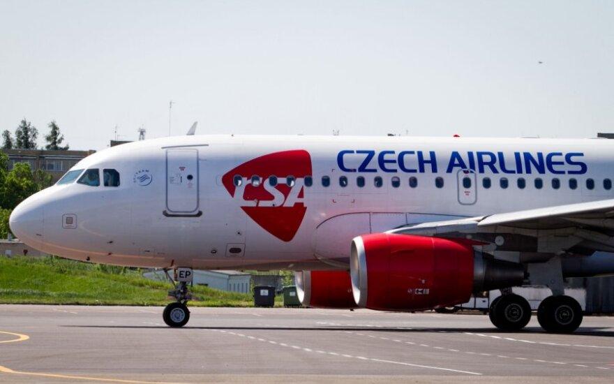 "Čekijos valdžia vėl mėgins parduoti ""Czech Airlines"""