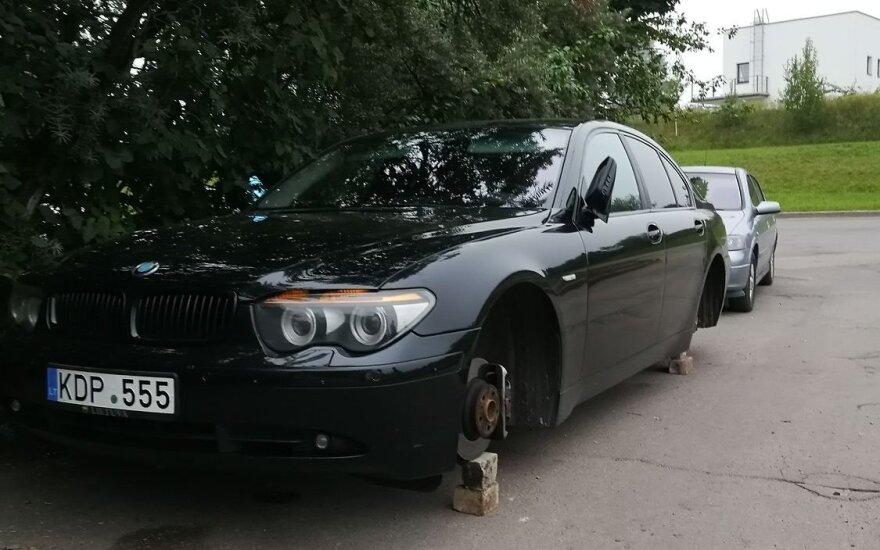 Pavogė retus ir brangius BMW ratlankius: siūlo atlygį turintiems informacijos