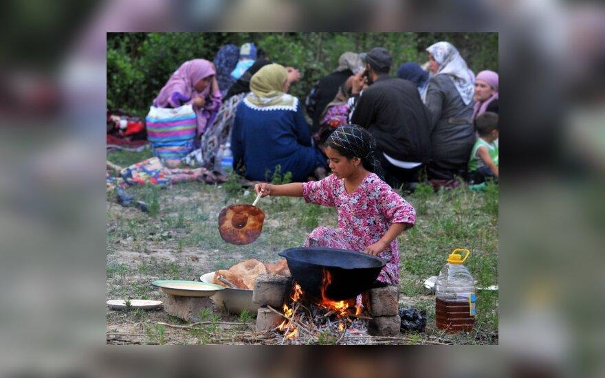 """""""Spiegel"""": uzbekų vaikai vergauja Europai"""