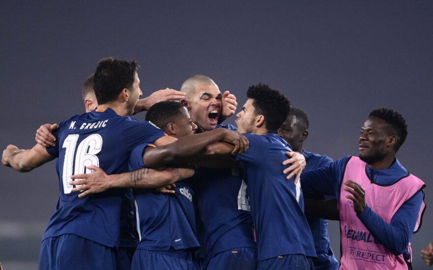 """""""Porto"""" triumfuoja"""