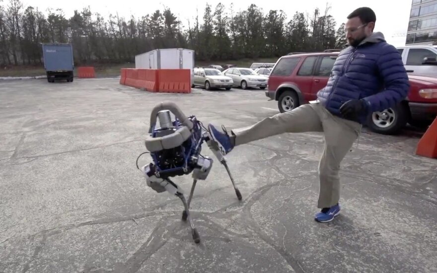 """Boston Dynamics"" robotai"