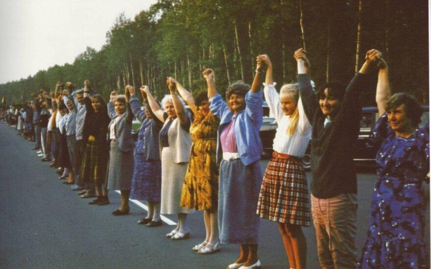 Siūlo kelio atkarpai suteikti Baltijos kelio vardą