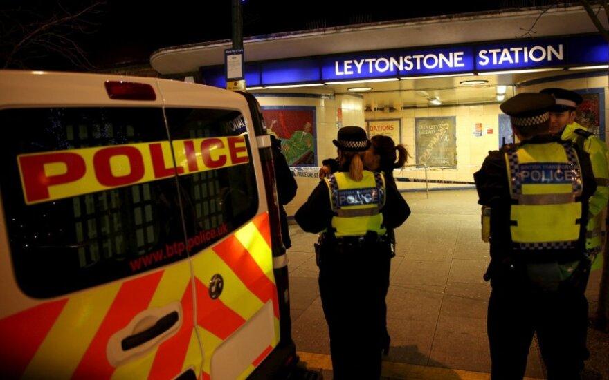 Londone rastas iš lėktuvo iškritusio vyro kūnas