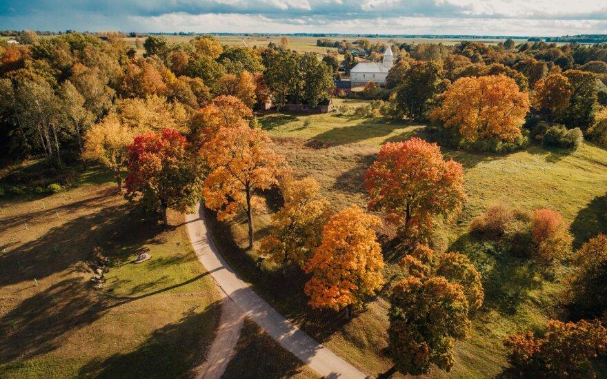 Sinoptikus stebina neįprasta šiluma: trečiadienį visoje Lietuvoje fiksuoti rekordai