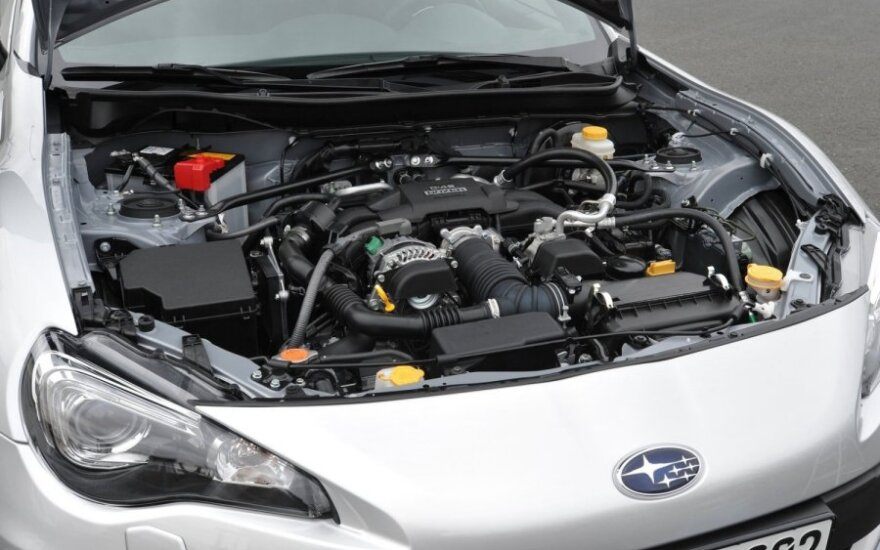 Subaru BRZ variklis