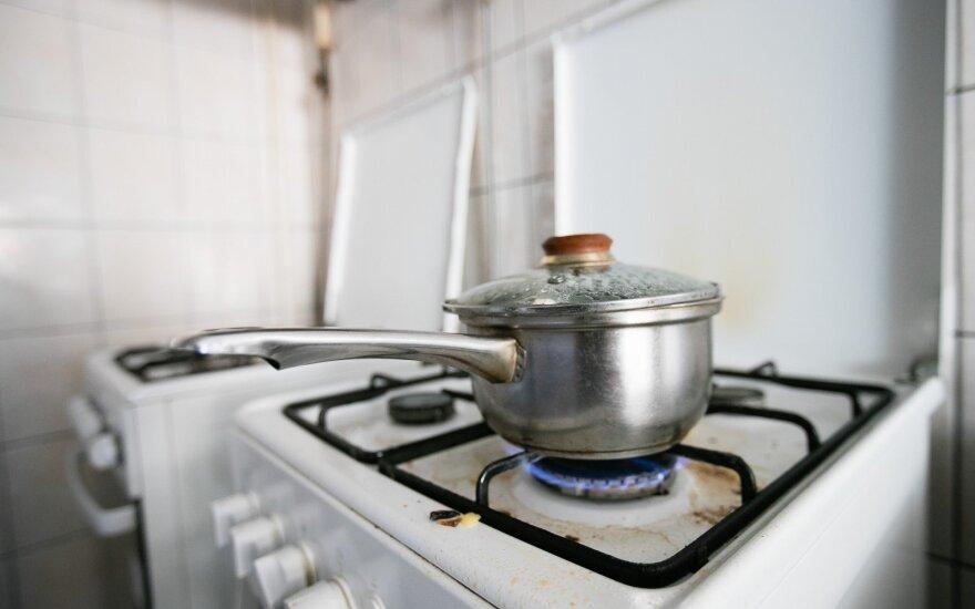 Perspėja dėl sąskaitų: kada privaloma sumokėti už dujas ir elektrą