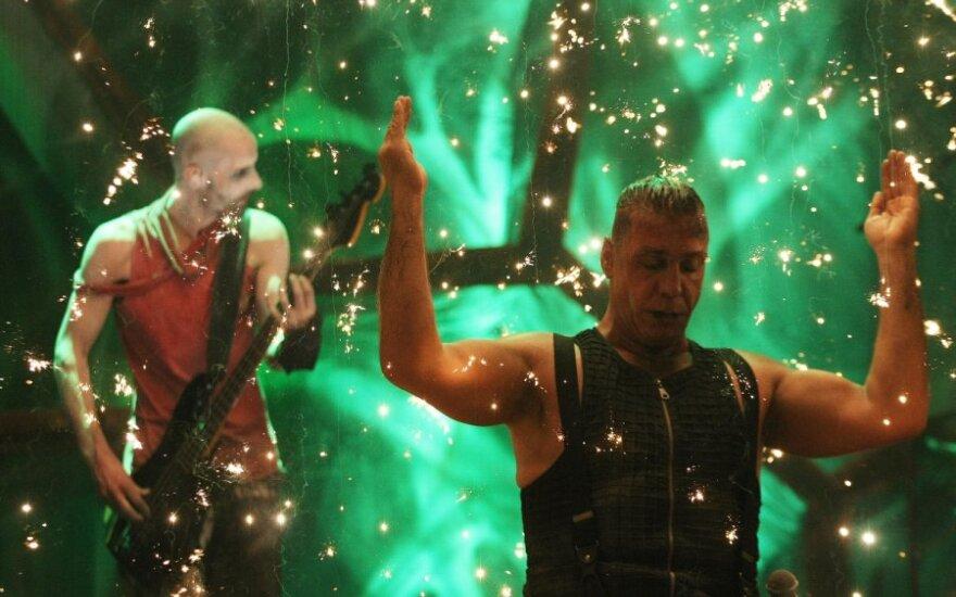 """""""Rammstein"""" iš Vokietijos reikalauja 66 tūkst. eurų kompensacijos"""